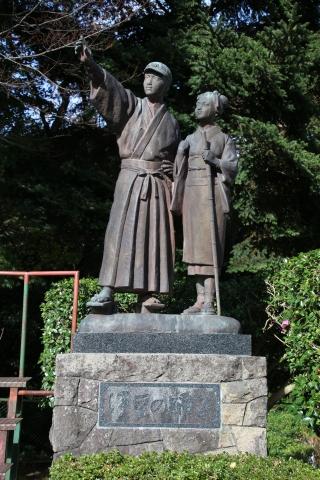 伊豆の踊り子像