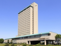 出世のパワースポットがすぐそこ!徳川家康が青年期を過ごしていた浜松城(出世城)までは徒歩5分。後に天下人となった豊臣秀吉と家康の2人が訪れたといわれる浜松東照宮(出世神社)はホテル目の前です。