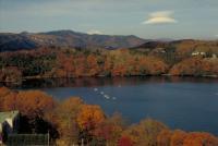 一碧湖、紅葉