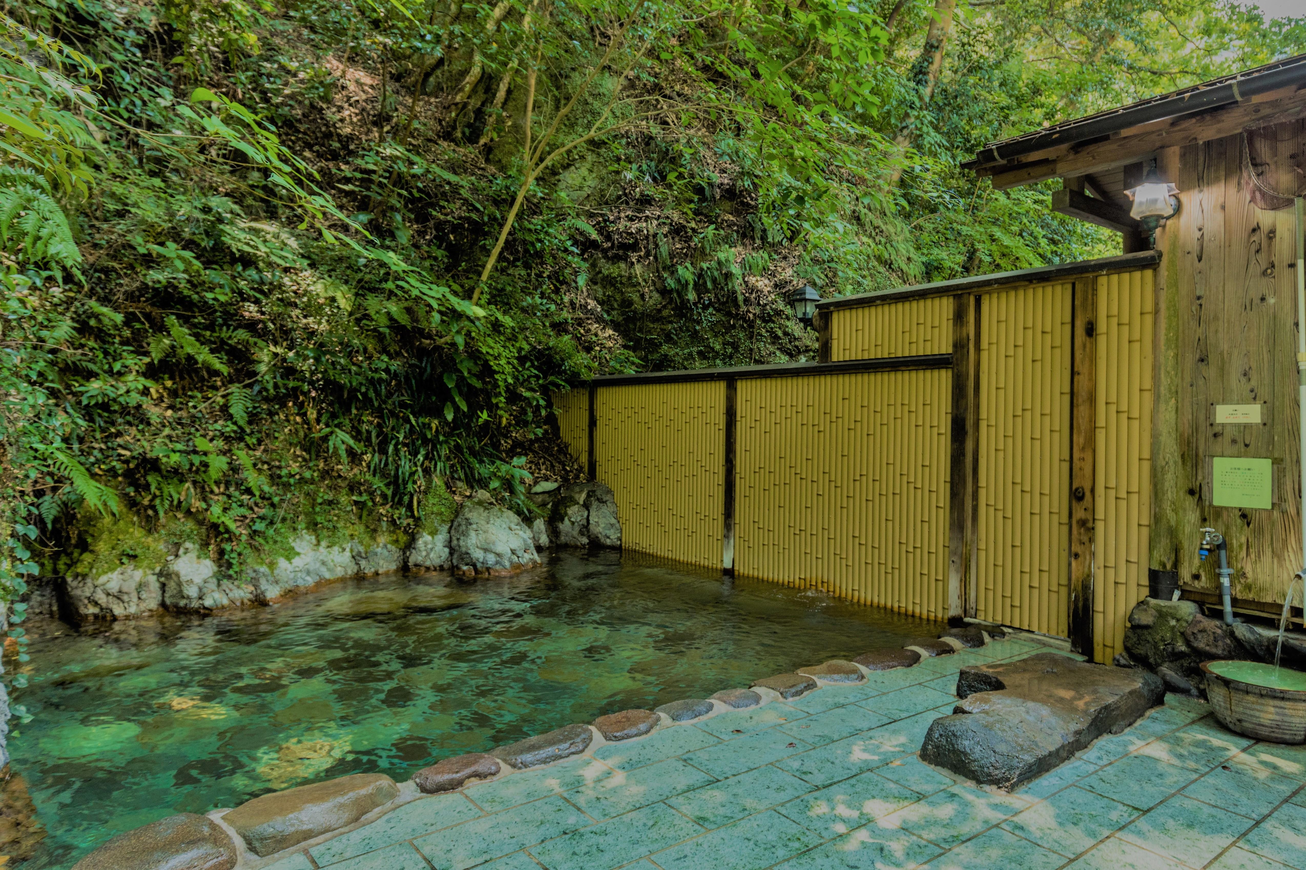 山の家露天風呂