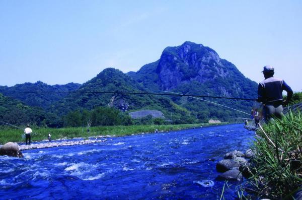 鮎つりのメッカ、狩野川