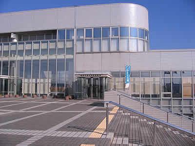 焼津市歴史民俗資料館は、この建物の中にあります