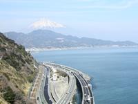 富士山と駿河湾を望む風景