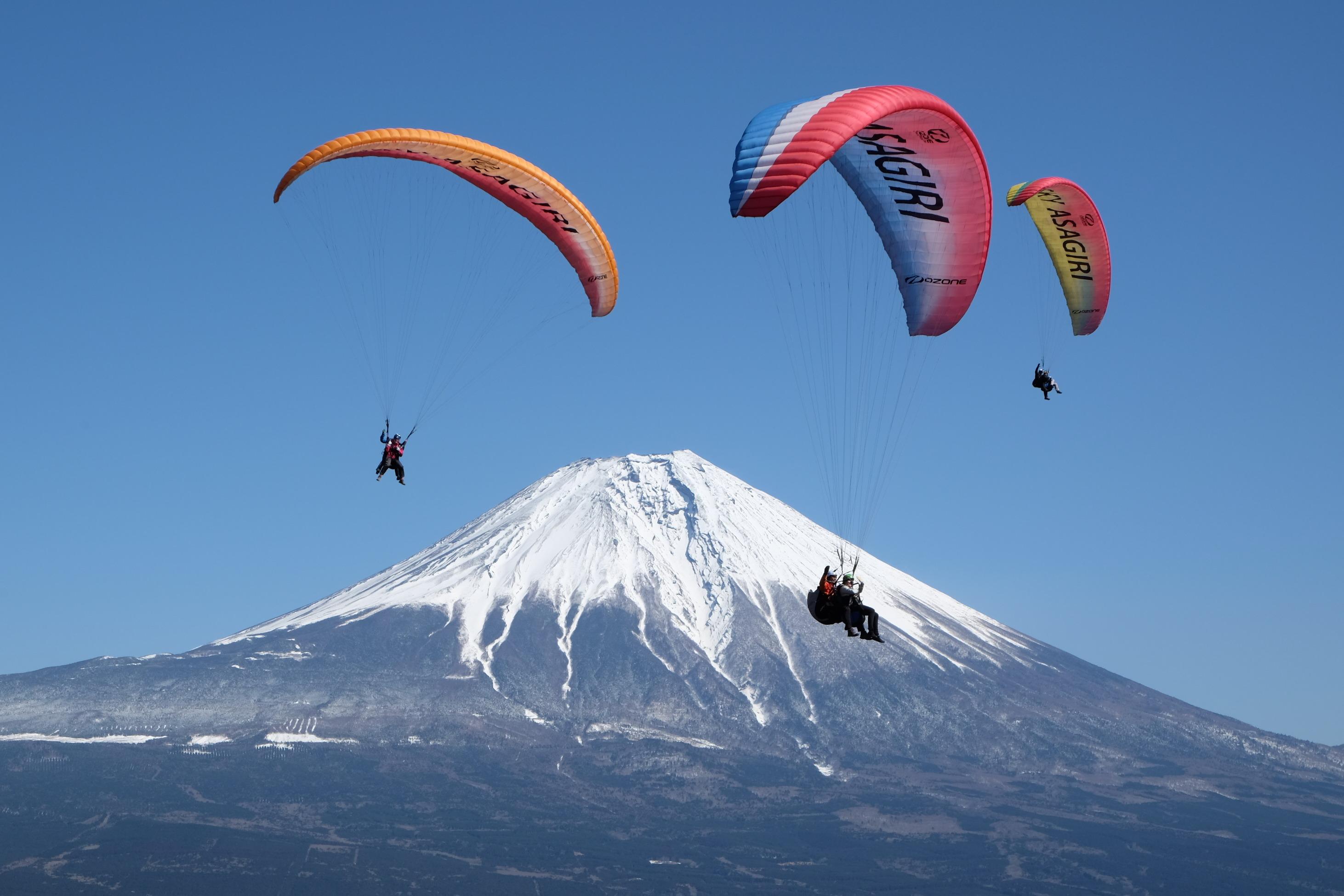 富士山を目の前に空中散歩ができます