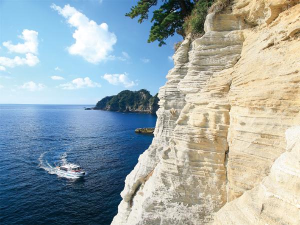 堂ヶ島マリンの遊覧船