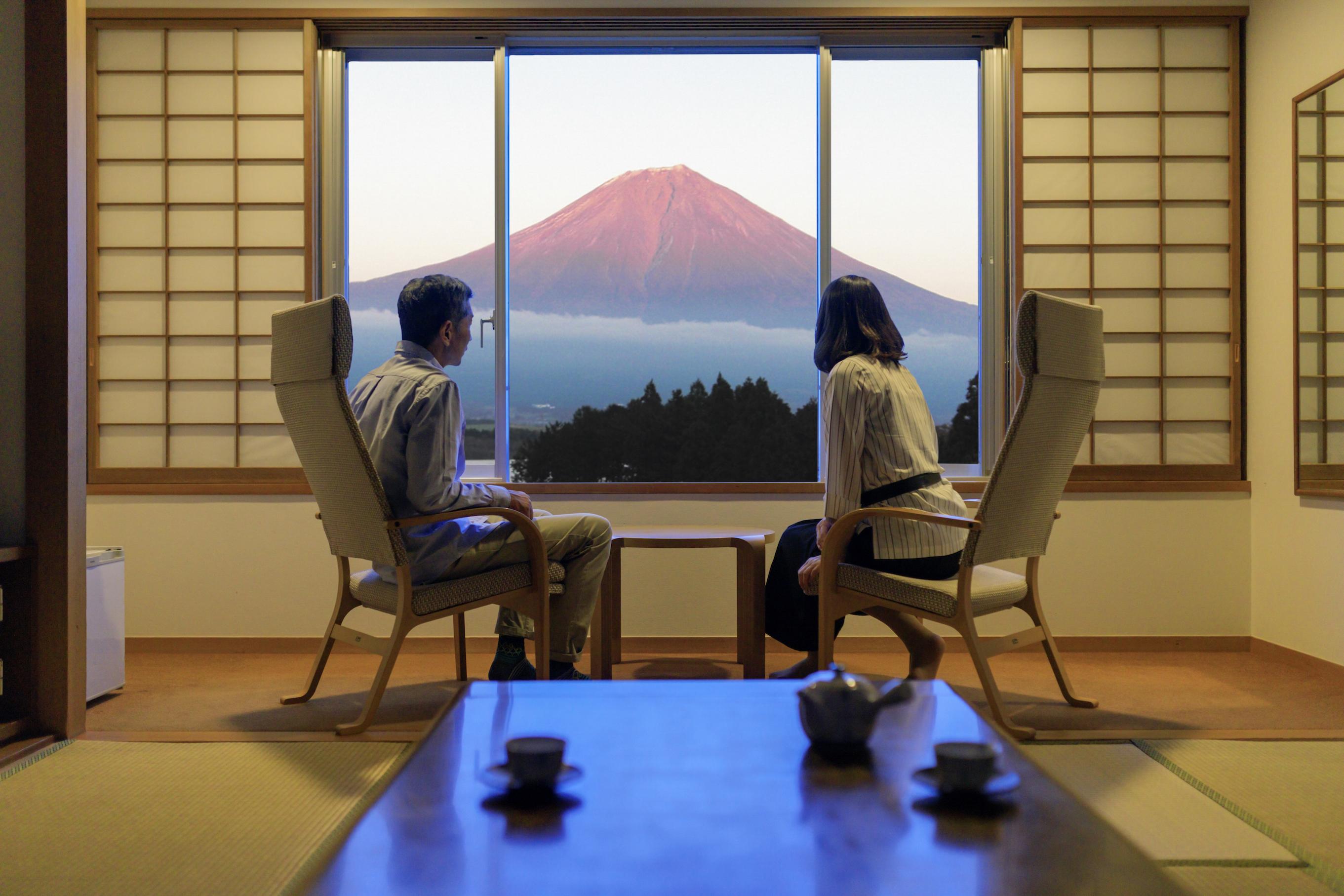 全室、富士山と田貫湖を臨む
