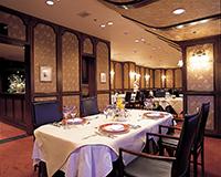 欧風料理レストラン「ラ・フローラ」