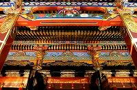 修復された壮麗な社殿を拝観できます