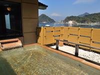 露天ひのき風呂~富士山を見ながら入浴できます。~