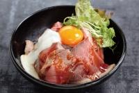赤富士ローストビーフ丼