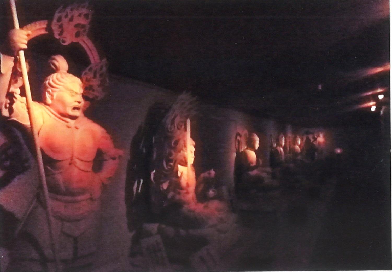 十三仏戒壇めぐり
