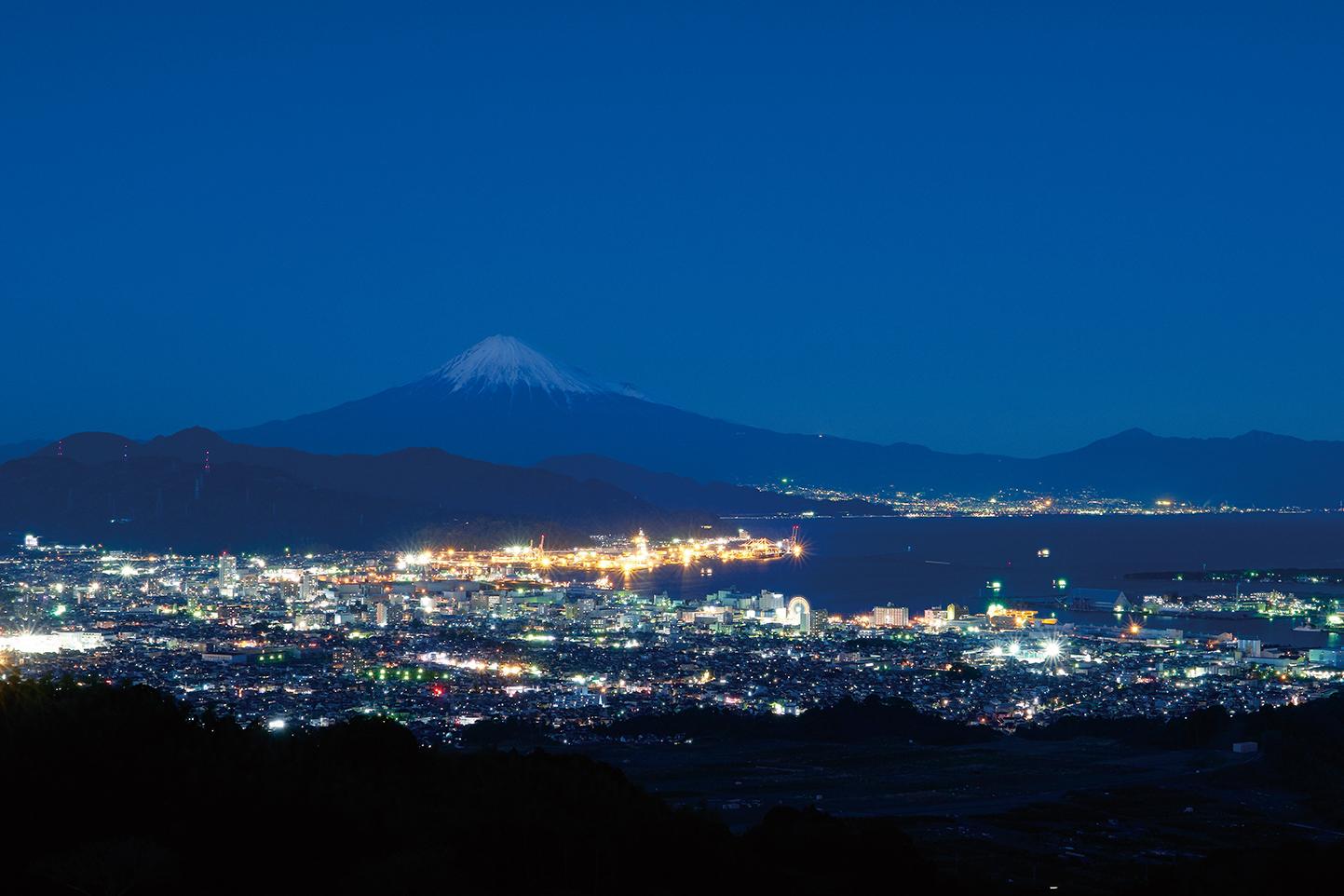 日本夜景遺産にも認定された日本平夜景